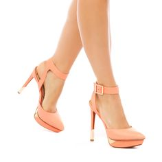 Valleyy - ShoeDazzle
