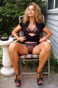 Cougar sexe gratuit Mes autres blogs: http://tropicstudio.tumblr.com http://reblog-and-reblog.tumblr.com