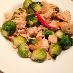 #Food is memory. Stir fry tuna is my childhood food. now it's @derrick_bau fav food. #Tuna packed with #protein with very low #fat, high in #omega3 and #selenium. These will promote #weightloss and protect your heart. I love some thai chilli with it for extra #metabolism burning kick. #domesticatedmd #dinner #nutrition #wildplanetfoods @wildplanetfoods - See more at: http://iconosquare.com/viewer.php#/myLikes/list