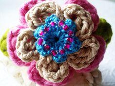 #diadema de DIDIcrochet realizada en #crochet . http://didicrochet.etsy.com/