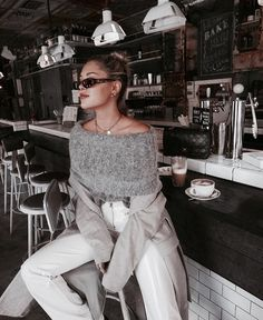 Trend alert and must have for fashion and outfits for the incoming New Style of women's fashion Fall Outfits, Casual Outfits, Cute Outfits, Fashion Outfits, Womens Fashion, Fashion Trends, Fashion Fashion, Classy Fashion, Fashion Clothes