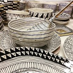 Yep, Brooklyn. #gettingready Suzanne Sullivan Ceramics, Black And White Dishes, Clay Bowl, Raku Pottery, Pattern Drawing, Ceramic Cups, Brooklyn, Photo And Video, Mugs
