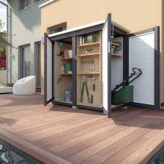 Gartenschrank holz mit mehrseitigem Zugriff verstaut auf kleinsten Raum viel mehr, als andere Gartenschränke, da der Raum komplett ausgenutzt werden kann.