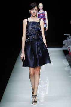 Giorgio Armani Spring 2016 Ready-to-Wear Collection - Vogue