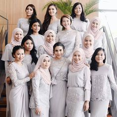 "3,812 Likes, 193 Comments - Muslim Wedding Ideas {105k) (@muslimweddingideas) on Instagram: ""Gorgeous! ♥♥♥ By @leeyanarahman.co from Malaysia ♥ . . . #hijabbride #hijabibride #hijabqueen…"""