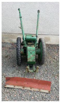 Vintage Allen Villiers Snow Plough Shovel / Yard Scraper Scythe Stationary engine Plow | Wakefield, West Yorkshire | Gumtree