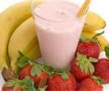 Strawberry banana smoothies are extremely delicious and have great nutritious value. With awesome strawberry banana smoothie recipes,they are easy to create as well! Healthy Smoothies, Healthy Drinks, Smoothie Recipes, Fruit Smoothies, Healthy Snacks, Healthy Recipes, Delicious Recipes, Protein Recipes, Amazing Recipes