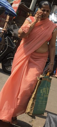 Beautiful Women Over 40, Apple Model, Indian Beauty Saree, Navel, Candid, Deep, Skirts, Wedding, Fashion