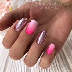 21 Cute & Stylish Summer Nails: #3. OMBRE NAILS AND GLITTER; #summer; #nails; #glitternails; #manicure; #nailpolish; #ombre; #nailart; #naildesigns