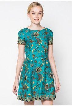 Dress Allyn from Rianty Batik in green_1