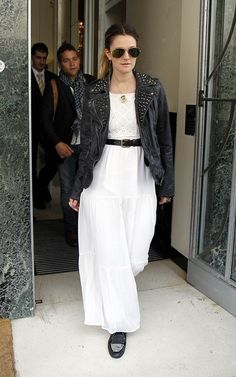 30 Popular Fashion Trends .maxi dress #alice257891 #style for women #womenfashion .www.2dayslook.com