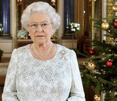Queen's SPeech Video and Full transcript. Past simple irregular and irregular verbs and a little received pronunciation from 1957!!!
