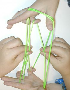 How to Play Cat's Cradle by ifyoulovetoread #Kids #Games #Cats_Cradle