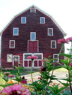 This barn would make a great house.