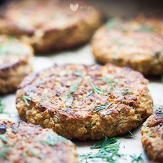 Salmon Burgers, Vegan Recipes, Vegan Food, Food And Drink, Veggies, Meals, Dinner, Cooking, Ethnic Recipes