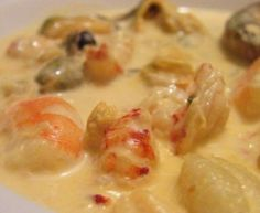 Cassolette de fruits de mer Seafood Cassolette (A delicious recipe with walnuts) Fish Dishes, Seafood Dishes, Fish And Seafood, Seafood Paella, Seafood Kitchen, Seafood Menu, Shrimp Recipes, Fish Recipes, Food Porn