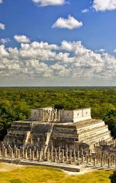 View of Mayan Ruin, the Temple of the Warriors at #Chichen-Itza, #Yucatan Peninsula, #Mexico. Maravillas Del Mundo Tour By Mexico - Google+