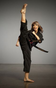 Cynthia Rothrock Rothrock is five-time World Karate Champion in forms and weapons between 1981 and Martial Arts Styles, Martial Arts Movies, Martial Arts Women, Mixed Martial Arts, Taekwondo Girl, Karate Girl, Judo, Muay Thai, Thai Boxe