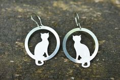 Sitting White  Cat Earrings Kitten Earrings  Pet by CinkyLinky