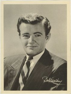 Robert Walker 1946 Motion Picture Magazine paper premium photo. Set gallery with more info: http://immortalephemera.com/movie-collectibles/1946-motion-picture-magazine-premium-photos/