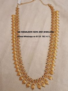 We can get the best finishing in minimum possible weight. Presenting here is Ram Parivar haaram 74 gm Net Gold wt 30 inches total length. Long haaram with Ram parivar kasu hangings. Gold Haram Designs, Gold Mangalsutra Designs, Gold Jewellery Design, Gold Jewelry, Bridal Jewelry, Antique Jewelry, Kerala Jewellery, Indian Jewelry, Jewels