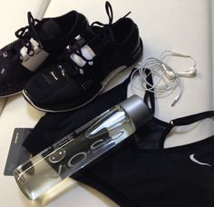 #underarmour #nike #vosswater