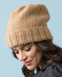 13200f9bc33 Free Knitting Pattern for One Skein Seed Stitch Slouchy Hat - This easy hat  takes just