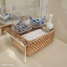 無印良品のアクリル仕切り棚のブログ画像 Muji Storage, Make Up Storage, Bathroom Organization, Bathroom Storage, Muji Style, Japanese Interior, Small Space Living, Wall Treatments, Diy On A Budget