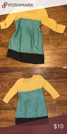 Fall color block dress Perfect dress for fall! This dress is light & comfortable. Fall colors, mini length. Cute alone or with leggings & a long necklace! Purchased at Dillard's. Please note I do not edit or alter my pictures in any way, to show the products honestly. Dresses Mini