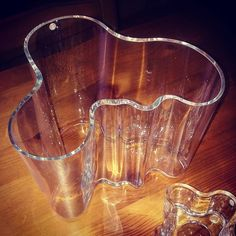 ..a common find in Finnish homes is the Savoy Vase, designed in 1936 by Alvar Aalto and made by Iittala. ...all i need now are some sweets to fill it!  #finland100_igchallenge 37/100... 'posting a series of random images from or associated with Finland to celebrate the country's 100th anniversary.  #finland #alvaraalto #ainoaalto #iittala #finnishdesign #weareinfinland #nordic #decorative #finnishculture #homedecor #art #savoyvase #aalto #design #finnish #vase #finland100 Alvar Aalto, Finland, Fill, Anniversary, Sweets, Homes, Culture, Country, Random