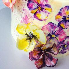 Доброе утро   Последние дни перед отпуском, заключительный день раздачи заказов и начинаю паковать чемоданы  Даже погода радует ☀️ Вот и тортик соответсвующий ☺️ #торт #тортсцветами  #тортбезмастики #тортдлямамы #cakestagram #тортназаказ #тучково #руза #колюбакино #можайск #cake #cakeformam #mothercake #cakewithflowers #foodporn #instacake #cakestagram #instagood #instafood #вафельныецветы #тортмаме