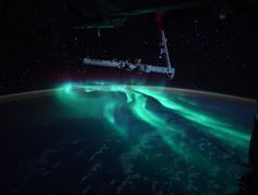 Mind Blowing Images, Space Junk, International Space Station, Across The Universe, Space Photos, Cool Technology, Dark Skies, Out Of This World