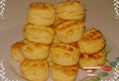 Vajas pogácsa Edittől Hungarian Recipes, Home Baking, Scones, Pineapple, Muffin, Fruit, Cooking, Breakfast, Food