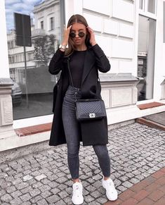 Danielle Blazer Dress Black - Outfit - The Fashion Blazer Fashion, Winter Fashion Outfits, Look Fashion, Spring Outfits, Autumn Fashion, Womens Fashion, Fashion Dresses, Fashion Black, Maxi Dresses