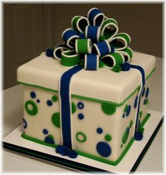 50th Birthday Cakes for Women | In: 50th Birthday Cake & Cupcake Tower in album: Birthday Cakes