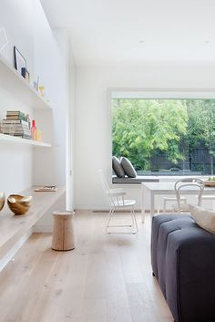 Window seating and simple streamlined built in shelving