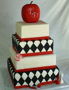 Google Image Result for http://ajsmoonlightbakery.net/yahoo_site_admin/assets/images/Twilight_Theme_Wedding_Cake_Terri_and_Don.296175913_std.jpg
