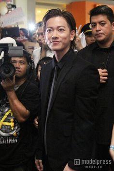 フィリピンで行われた映画「るろうに剣心 京都大火編/伝説の最期編」アジアプレミアに出席した佐藤健