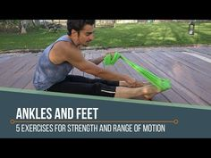 4 Exercises to Strengthen Your Ankles and Feet - Xero Shoes Foot Stretches, Foot Exercises, Ankle Strengthening Exercises, Body Hacks, Yoga Fashion, Running Tips, Health And Safety, Feel Good, Cafe Food