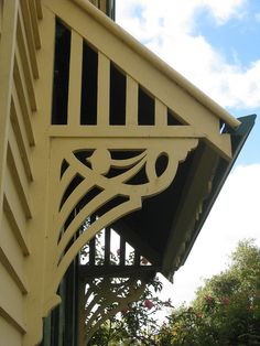 Art Nouveau Fretwork Detail on the Side of Hymettus Cottage - Ballarat   Flickr - Photo Sharing!