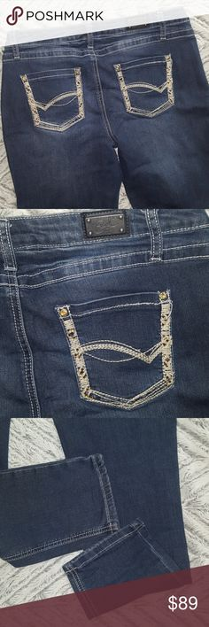 EARL SKINNY DESIGNER EMBELLISHED Jeans Petite NEW EARL SKINNY DESIGNER EMBELLISHED Jeans Petite NEW without Tags ~ Size 12 P ~ 58% cotton 23% polyester 17% rayon 2% spandex ~  thick stitches on pockets and gem embellishments SUPER CUTE HIGH QUALITY JEANS! I ship daily EARL IS A PERFECT FIT SKINNY JEANS Earl Jeans Jeans Skinny