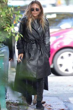 hair and glasses; Mary-Kate Olsen, 2015.