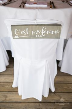 Robe de mariage : Mariage Bonifacio {Oh Happy Day – Mariage en Corse} Hochzeitskleider 2019 - wedding Photo Wedding Reception Themes, Wedding Table, Our Wedding, Wedding Decorations, Spring Wedding, Chalkboard Wedding, Wedding Dresses Photos, Dress Wedding, Happy Relationships