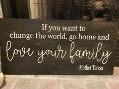 Love Your Family, Diy Workshop, Wood Home Decor, Family Signs, Custom Tumblers, Get Directions, Knitted Blankets, Painted Signs, House In The Woods