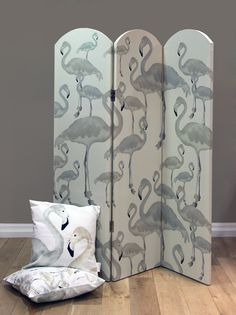 A Shade Wilder Flamingo Beach Screen Daybreak Room Divider extra image Flamingo Beach, Flamingo Decor, Flamingo Party, Pink Flamingos, Room Deviders, Cream Room, Home Interior Accessories, Diy Wallpaper, Pink Bird