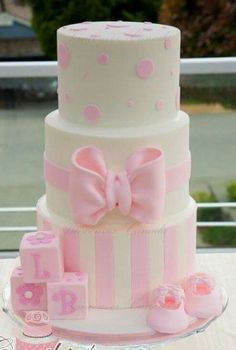 Sweet and girly baby shower cake