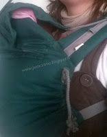 Porte-bébé préformé P4 Evergreen de Ling Ling d'amour, à partir de 4 mois. Hauteur minimale 23 cm. Dossier babysize Capuche réglable