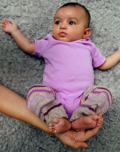 Baby Leg Warmers for Mila - Knitting Crochet Sewing Embroidery Crafts Patterns and Ideas!