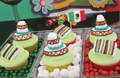 DIY Cinco de Mayo marshmallow toppers // Decorating tips: ow.ly/ayJWK Oh I wish I were having a Cinco de Mayo party! Mexican Cupcakes, Cupcake Toppers, Cupcake Cakes, Marshmallow Cupcakes, Sweet Party, Grown Up Parties, Fiesta Decorations, Beautiful Cupcakes, Mexican Party