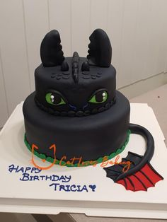 Toothless Party, Toothless Cake, Dragon Birthday Cakes, 2 Birthday Cake, Chocolate Mousse Cake, Chocolate Cream, Coconut Frosting, Character Cakes, Cake Decorating Techniques